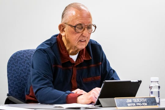 Fennville Mayor Pro-Tem Jim Suerth gives a report on city services during a recent meeting.