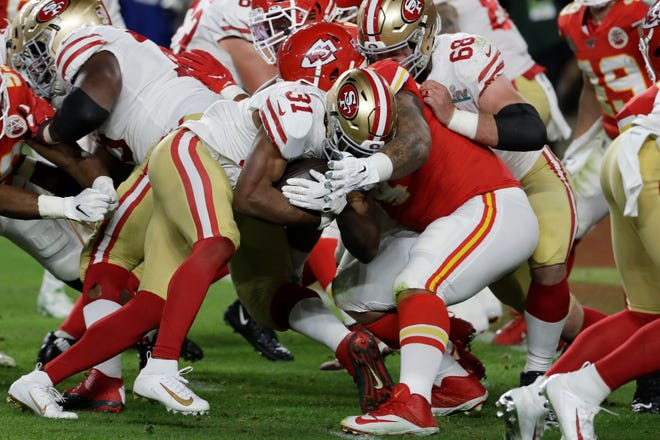 San Francisco 49ers' Raheem Mostert (31) runs for a touchdown against the Kansas City Chiefs during the second half of the NFL Super Bowl 54 football game Sunday, Feb. 2, 2020, in Miami Gardens, Fla.
