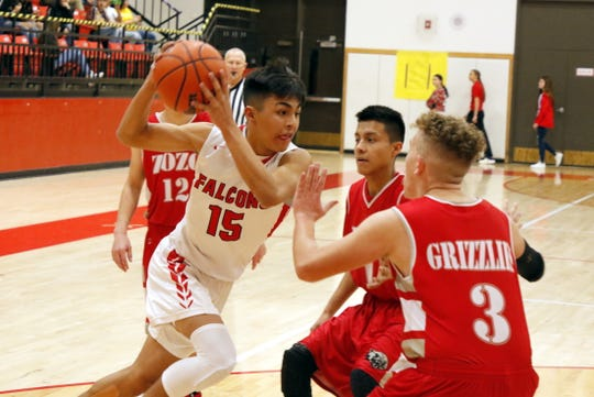 Loving's Jonathan Fuentes drives the lane against Carrizozo on Feb. 1, 2020. He led all scorers with 19 points and Loving won, 78-46.