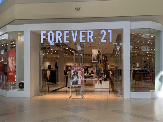 Forever 21 store in Jensen Beach, Florida at the Treasure Coast Square mall.
