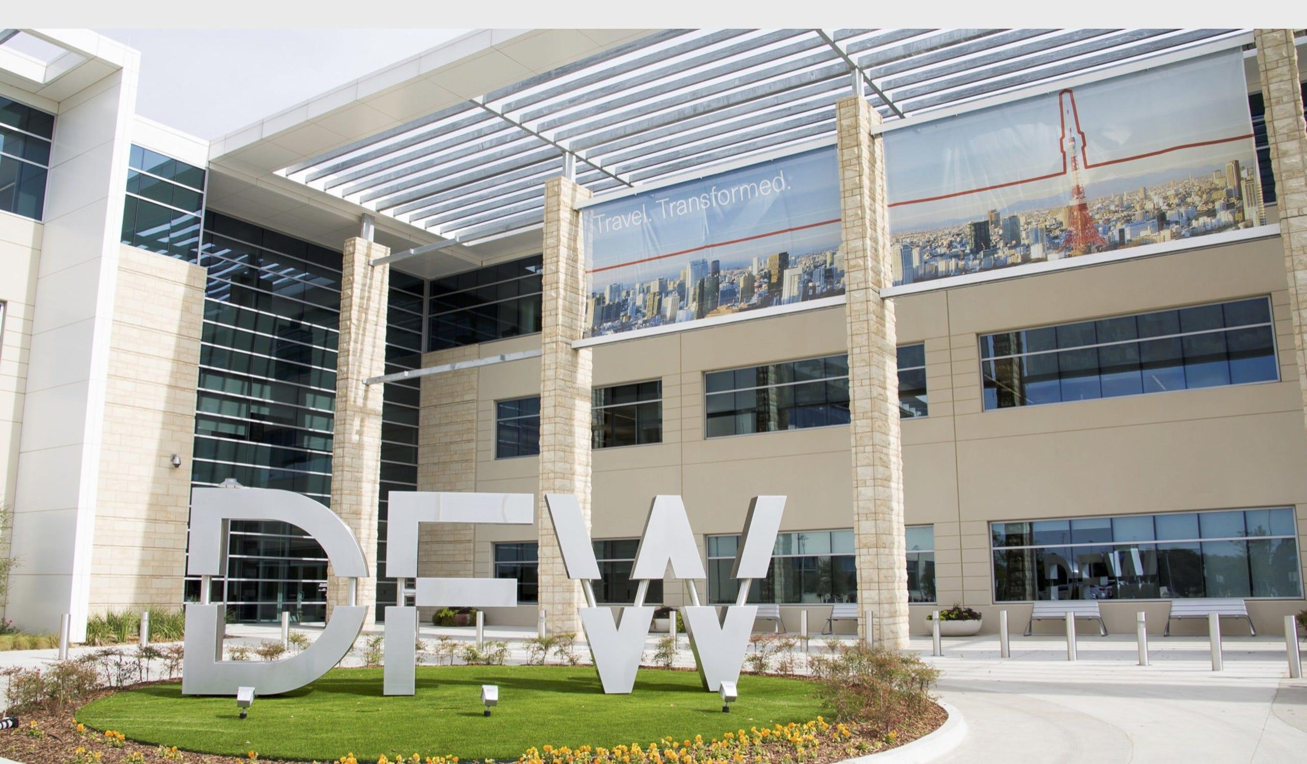 Dallas Fort Worth International Airport (DFW)