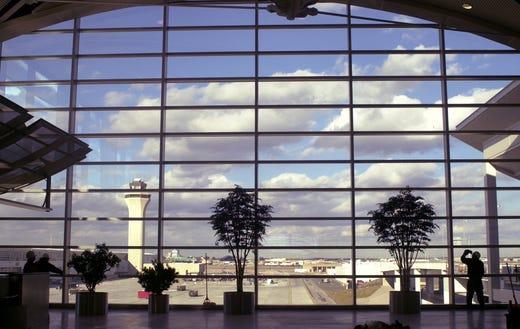 Detroit Metro Airport (DTW)