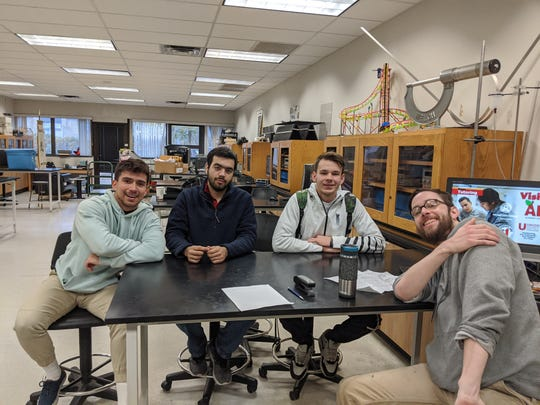 Union students Antonio Mena, Bruce Aranda, Dmytro Govdan, and Michael Kirkland in a lab at the College's Cranford campus.