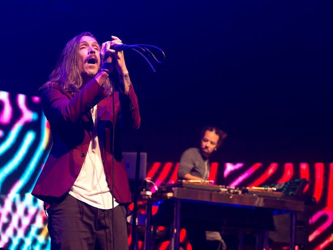 Brandon Boyd, left, and Chris Kilmore will perform with Incubus Sept. 5 at Ruoff Music Center.
