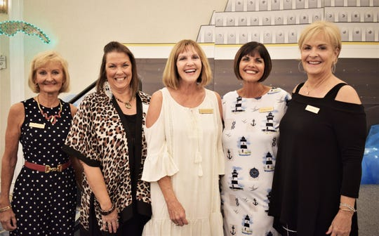 All Smiles with Patti Kilcullen, Kenda Primeaup, Cathie Miller, Valerie Schmitt and Kim Hillyer