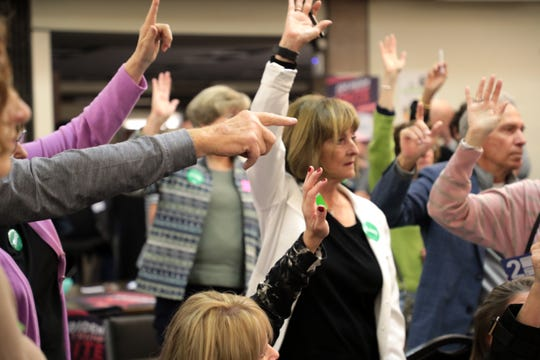 Scott Kirkpatrick counts Amy Klobuchar voters at the 2020 Iowa Democratic satellite caucus at Palm Springs Public Library on Monday, February 3, 2020 in Palm Springs, Calif.