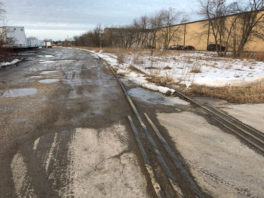 The city of Sheboygan plans to turn a section of unused railroad tracks into a bike path to continue the Shoreland 400 trail.