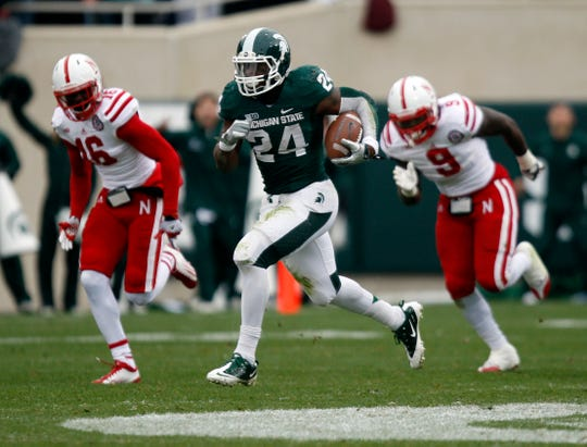 Before signing with Michigan State, Le'Veon Bell was being recruited by Ohio State. But when the Buckeyes couldn't find space for him, Bell ended up with the Spartans.