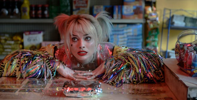 """Margot Robbie reprises her """"Suicide Squad"""" character, who adores egg sandwiches and chaos, in """"Birds of Prey (And the Fantabulous Emancipation of One Harley Quinn)."""""""