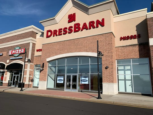 Old Navy will move into the former Dressbarn store at Howell Commons on Route 9 later this fall.