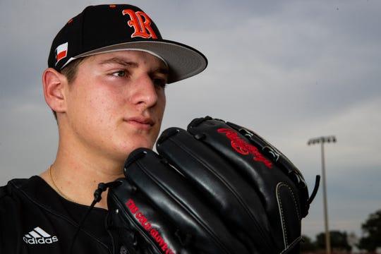 Refugio baseball pitcher Jared Kelley