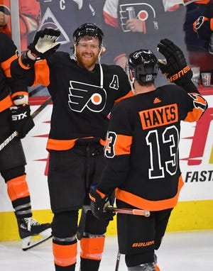 Jake Voracek, left, and the Flyers have not won a playoff round since 2012. They're aiming to change that this spring.