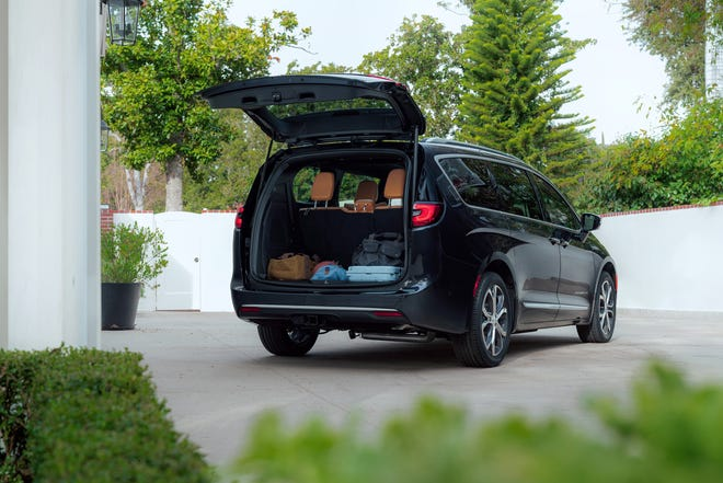 The new 2021 Chrysler Pacifica Pinnacle model.