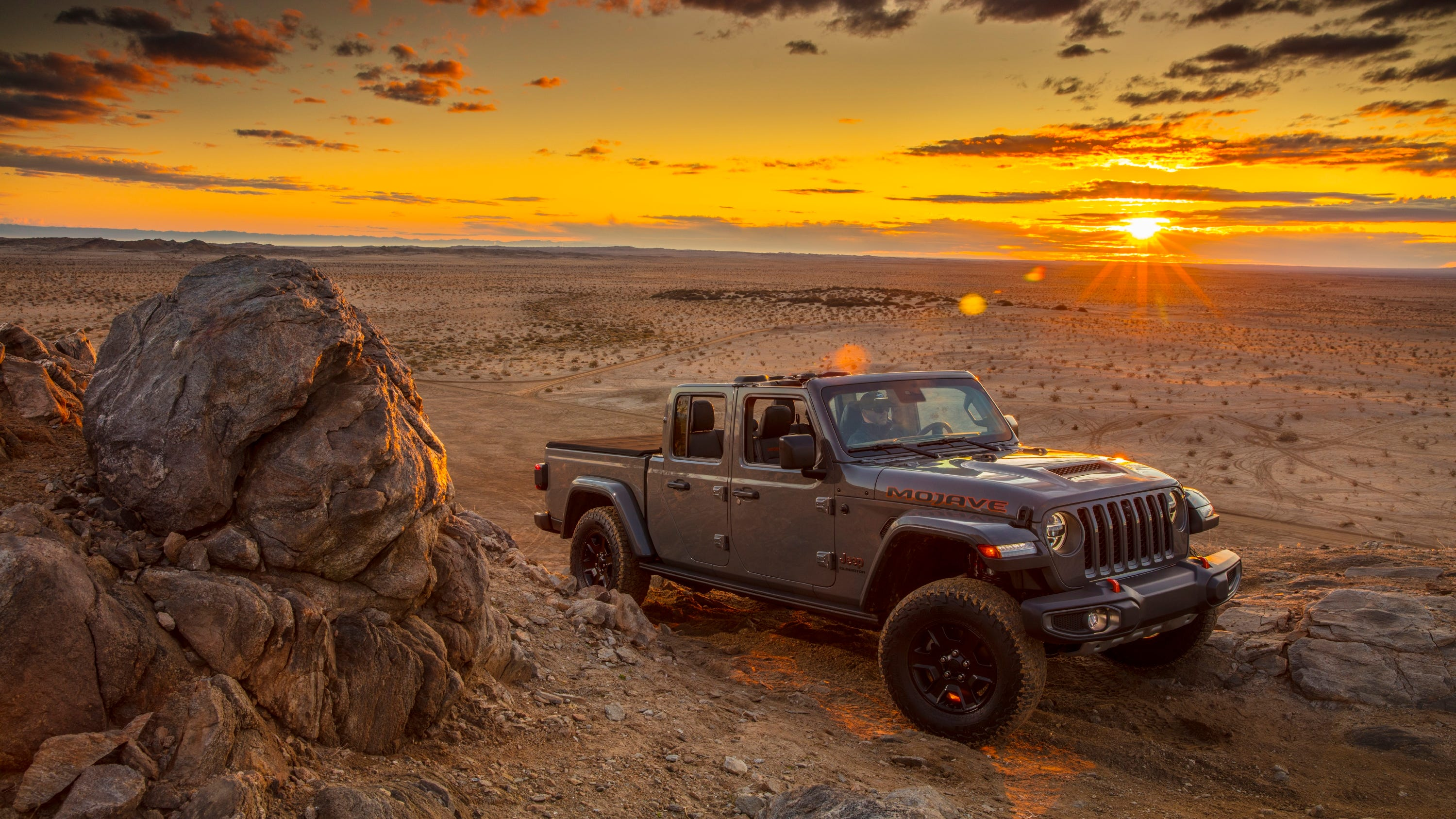 2020 Jeep Gladiator Mojave is desert-rated, built for ...