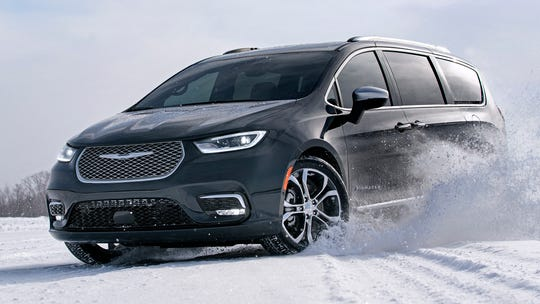 All-wheel drive returns to the 2021 Chrysler Pacifica.
