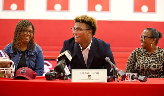 Hammond defender Jordan Burch affirmed his decision to stick with the South Carolina Gamecocks in a signing day ceremony at the high school.