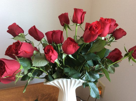 """Sending 10 roses on Valentine's Day supposedly represents """"the perfect number for a perfect love."""""""