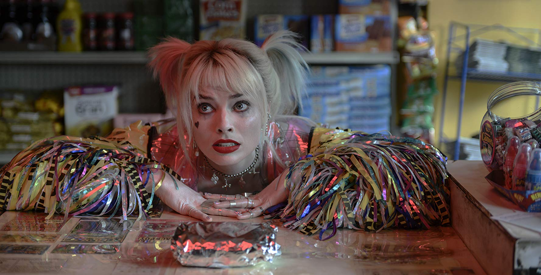 Harley Quinn And Her Girl Gang Are Lovable Psychopaths In Birds Of Prey