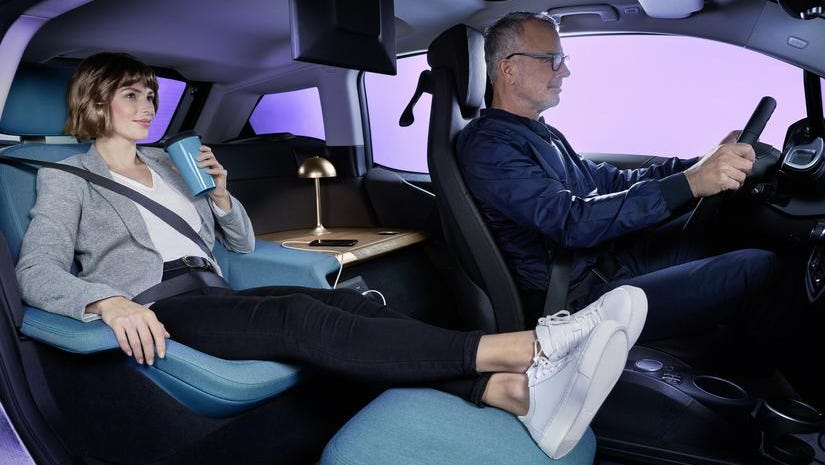 Bmw Nissan Gm Smart Car Interiors To Become Posh Living Rooms