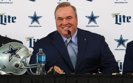 Former Packers coach Mike McCarthy is introduced as the new coach of the Cowboys.
