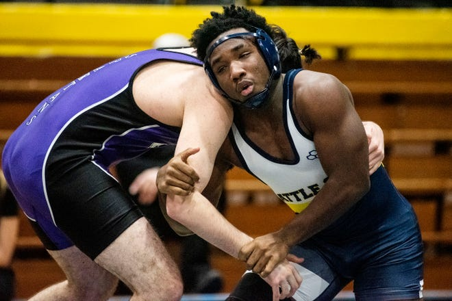 Lakeview's Colby Brooks and Battle Creek Central's Kaijehl Williams grapple during the All City Wrestling Meet at Battle Creek Central on Wednesday, Feb. 5, 2020.