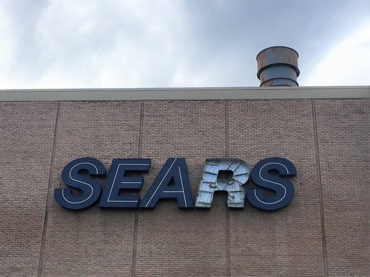 Sears has announced plans to close its store at Moorestown Mall.