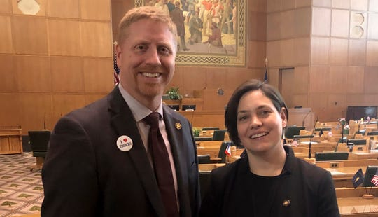 Rep. Daniel Bonham, left, and Rep. Anna Williams, right, came together to sponsor a bill that would prevent an Oregon jail from renewing a contract with the US Immigration and Customs Enforcement.