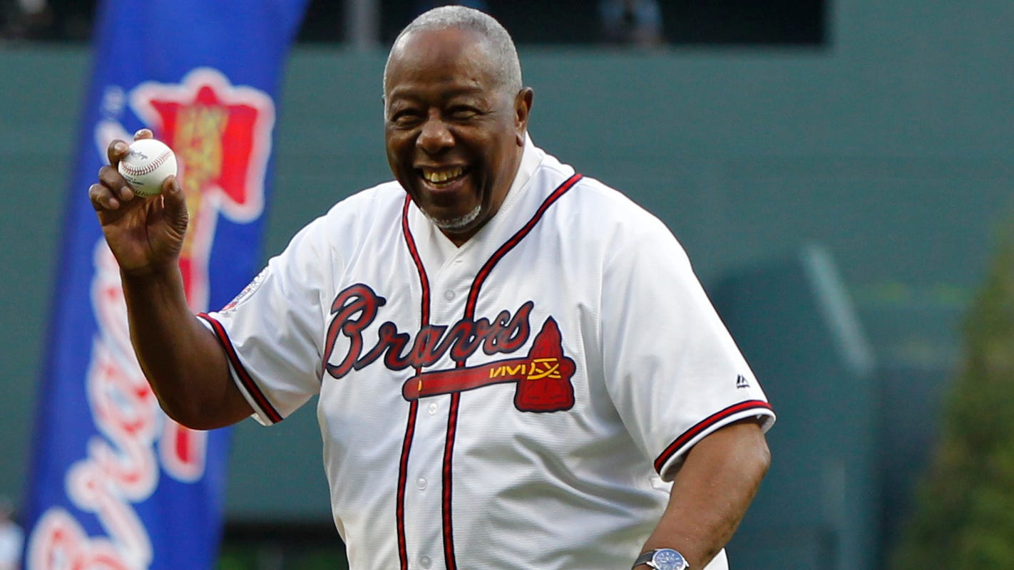 Hank Aaron says Astros who stole signs should be banned