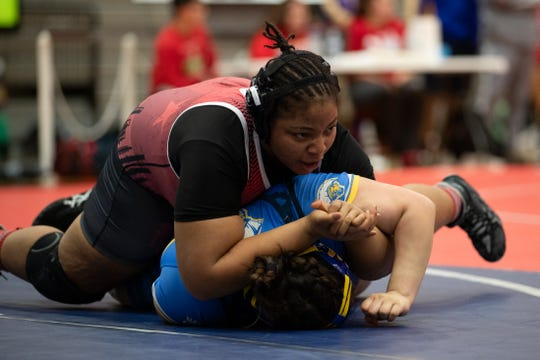 Ray's Mia Epps-Hicks vs Moody's Angel Cerda during the 15-5A wrestling meet at Ray High School on Thursday, Feb. 6, 2020.