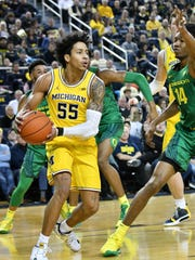 Eli Brooks and the Wolverines are shooting 46.3 percent from the field on the season.