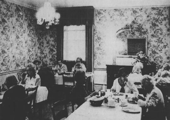Sarah Gossett residents eat lunch under chandeliers and in a dining room that for many was reminiscent of their own homes.