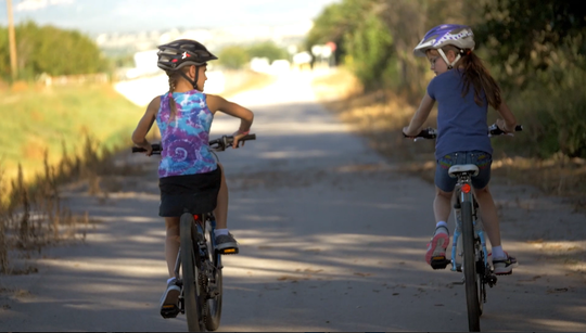 A general obligation bond project by Las Cruces will construct new trails and paths to complete a citywide loop of multi-use trails for jogging, walking and biking.
