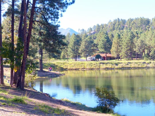 Alto Lake is fed by Eagle Creek and is situated near the Alto Crest water treatment plant. The lake is stocked, as are Grindstone Reservoir and the Rio Ruidoso, all in the Ruidoso area.