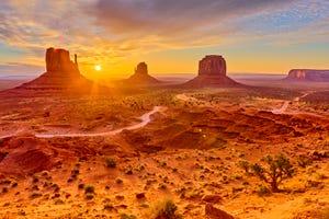 Monument Valley in Arizona at sunrise