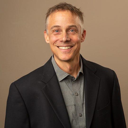 Dr. David Thorsett of The Santiam Orthopedic Group