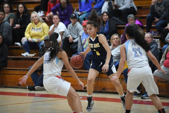 Though she's played more off-ball in a scoring role, Notre Dame senior Natalie Acuna (1) has proven effective scoring off the dribble as well. Feb. 6, 2020.