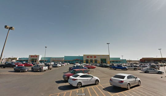 The HEB location at Avenue N and Sherwood Way could be a new outlet for state vehicle registrations if a new memorandum of understanding is approved by the Tom Green Co. Commissioners Court next week.