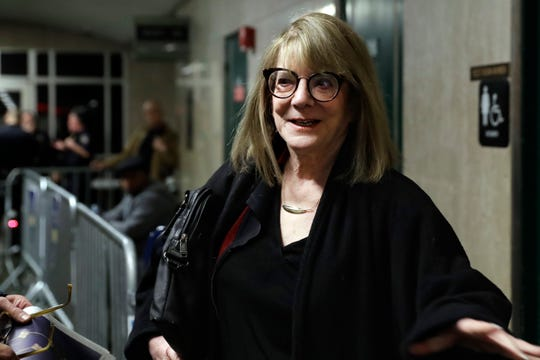 Psychologist Elizabeth Loftus arrives to testify for the defense in the Harvey Weinstein sex-crimes trial, Feb. 7, 2020 in New York.