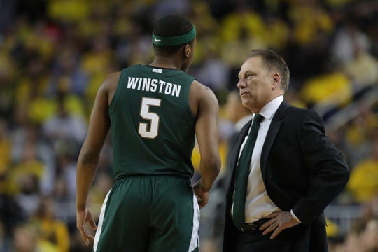 Michigan State coach Tom Izzo talks to Cassius Winston during action against Michigan on Saturday, Feb. 8, 2020 at the Crisler Center in Ann Arbor.
