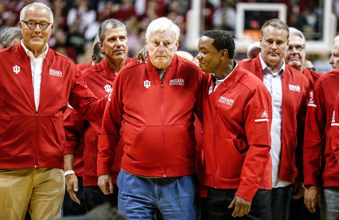 Former Indiana coach Bobby Knight, center eft, former Hoosiers player Isaiah Thomas, center right, were among those celebrated at Assembly Hall on Saturday.