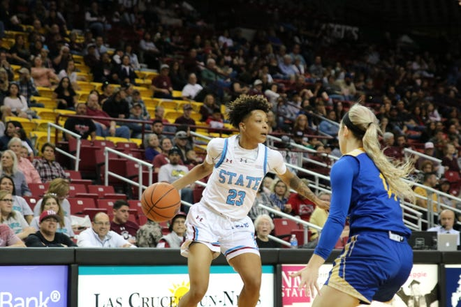 New Mexico State guard Aaliyah Prince drives against Missouri Kansas City on Saturday at the Pan American Center.