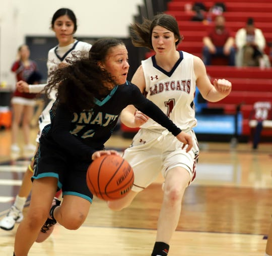Angel Jones led the Oñate High girls basketball team to a  road victory Friday at Deming High School. Jones led the Knights with 17 points. Oñate improved to 11-12 overall and 5-4 in the District 3-5A.