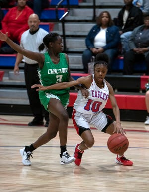 Tahnyjia Purifoy (No. 10) is following her older sister's footsteps and aims to bring the Pine Forest Eagles a state championship.
