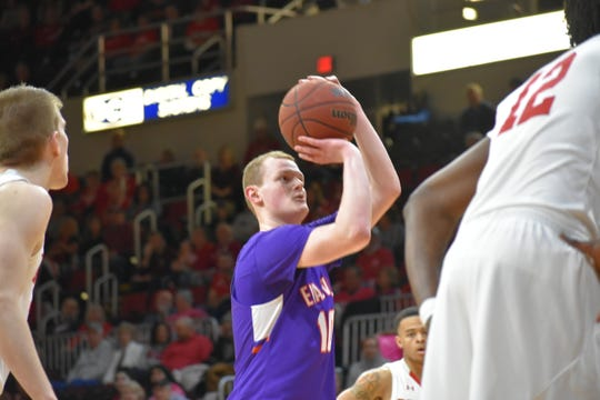 Evan Kuhlman continued his hot stretch by finishing in double figures on Sunday against Bradley