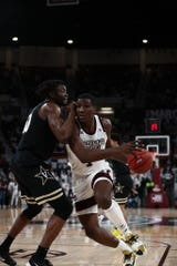 Mississippi State sophomore forward Reggie Perry paced the Bulldogs again in their victory over Vanderbilt on Saturday at Humphrey Coliseum.