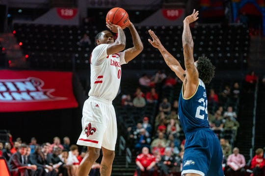 Cedric Russell scored 23 but missed a 3-pointer and two key free throws in the final minute of UL's loss to Georgia Southern on Saturday night at the Cajundome.
