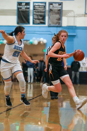 Sammie Henley, right, averaged 14.2 points and 4.3 assists during the regular season for Ventura, which hosts Crescenta Valley in a Division 2AA first-round game Thursday.