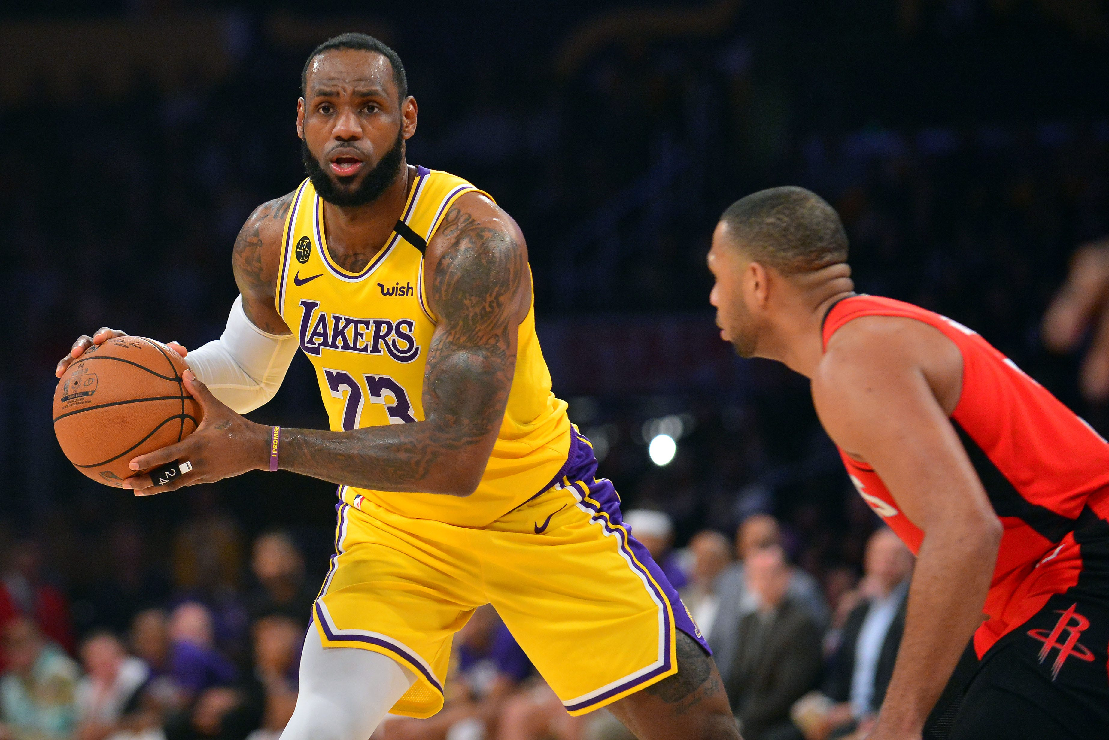Lebron James Still Drawing Rave Reviews For His Kobe Bryant Tribute Dunk Newsplus24