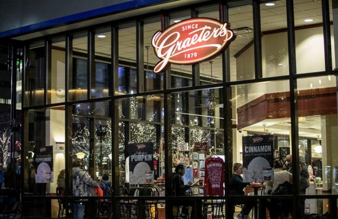 The Graeter's Ice Cream Fountain Square scoop shop will reopen on Valentine's Day following months of renovations.