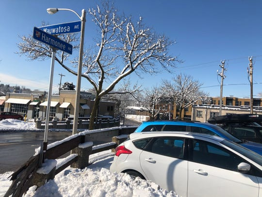"""The """"Harmonee"""" parking lot, at 7600 Harmonee Ave., is a city owned parking lot in Wauwatosa that has 11 parking spaces."""